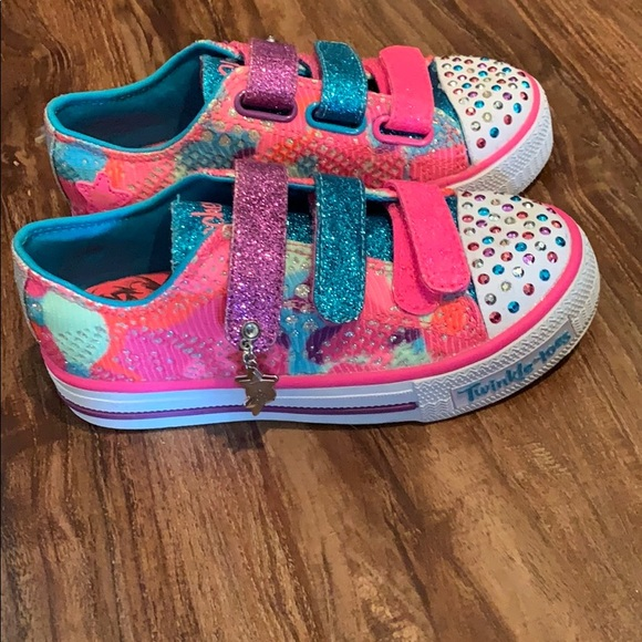 Skechers Shoes   Size 11 Light Up